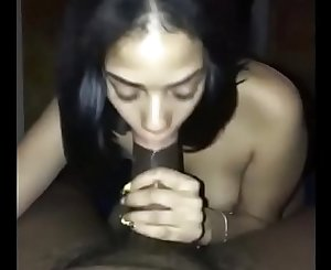 I let her suck my willy wonker bar