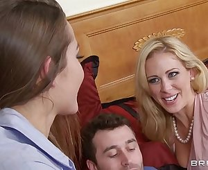 Brazzers - Girlfriend and Nurse share dick